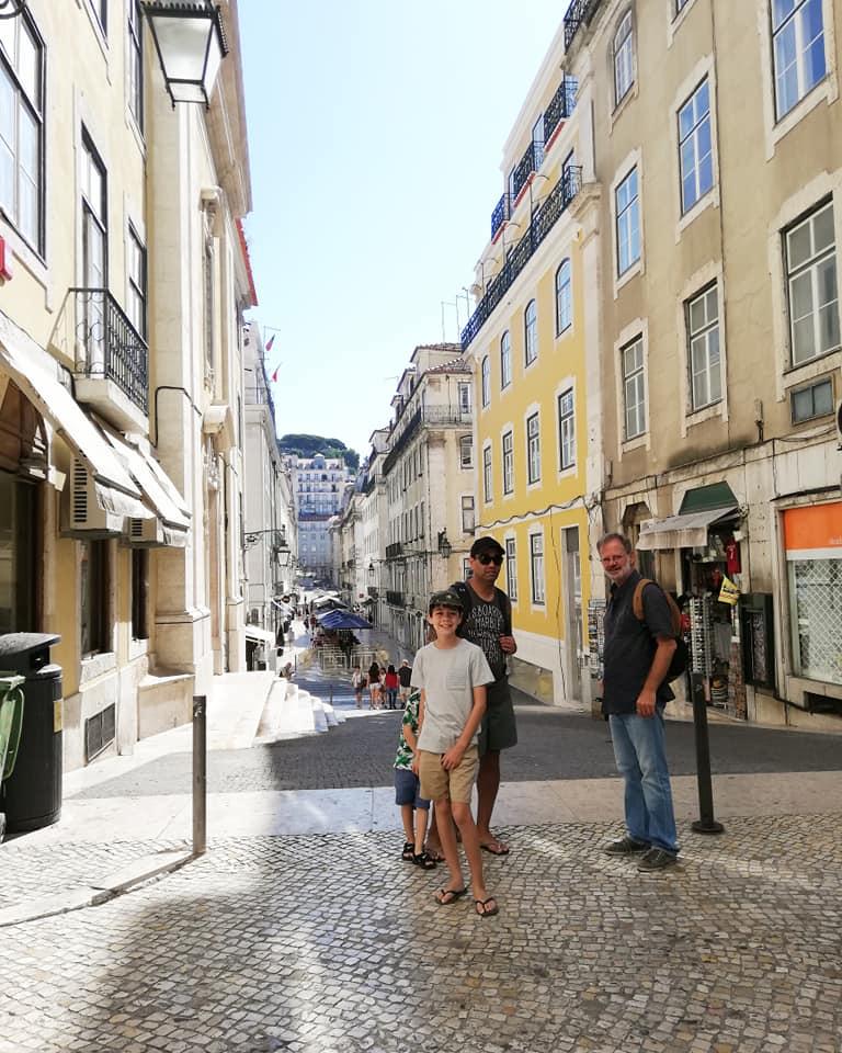 walking-tour-lisbon.jpg